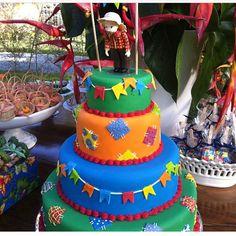 #regram @amareloouro #bolo #festajunina #sonhosdeglacê