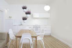 Závesné kvetináče Behr, Dining Table, Kitchen, Furniture, Design, Home Decor, Dna, Cooking, Decoration Home