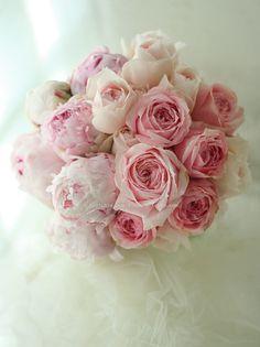 ブーケ 芍薬とオールドローズ 椿山荘様へ : 一会 ウエディングの花