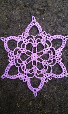 "Not a KC fan, but pretty snowflake. ""In memory of Kurt Cobain"" Make magic ring. Round Ch 11 dc in ring. End with sl st in ch of the first ch Pull magic ring tight. Round *Ch skip 1 dc, sl st in next*. Repeat from * . Crochet Snowflake Pattern, Christmas Crochet Patterns, Holiday Crochet, Crochet Snowflakes, Doily Patterns, Crochet Motif, Christmas Snowflakes, Crochet Doilies, Free Crochet"