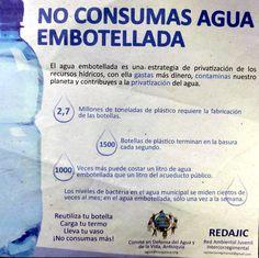 no consumas agua embotellada