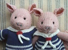Piggies together