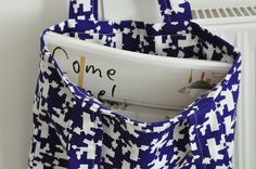 Chez everyday beauty: sac en tissu Tas-ka  http://happyhome.bigcartel.com/product/new-sac-en-tissu-tas-ka