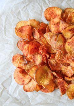 Homemade BBQ Sweet Potato Chips | howsweeteats.com