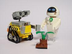 Lego Wall E, Wall E Eve, Lego Design, Lego Stuff, Lego Technic, Cool Lego, Lego Building, Lego Creations, Clone Wars