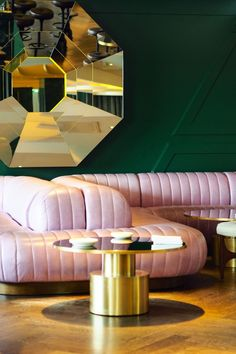 A night at the Mondrian Hotel - beautiful interior design