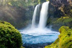Hike to Sahalie and Koosah Falls, Oregon