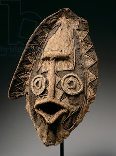 Tapa Mask, from the Elema Region of the Papuan Gulf, Papua New Guinea, Oceania, Tapa over cane frame