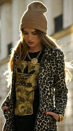 01/10/13 by Maffashion, fall street style - dress up a vintage casual t-shirt with leopard and gold