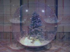 Sfera di Neve • #Natale #Decorazioni #ArredoNatalizio #Design #Oltreilgiardino www.oltreilgiardino.biz