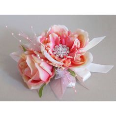 Corsage OH MY GOSH this is BEAUTIFUL!!