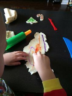 Marissa's Mommy Moments: Colouring on Playdough