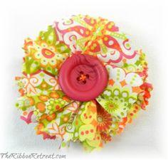 Simple Fabric Flowers - {The Ribbon Retreat Blog}