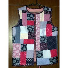 Пока шьются новые сумки, покажу такую лоскутную жилетку, которую шила пару лет назад. Внутри нет никакого утеплителя, потому что рассчитана вещь на лето. 🌸🌸🌸. While I'm sewing new bags, I would like to show this patchwork vest I made a couple of years ago. I didn't use any batting, because it's for the summer time. #alpensee #alpensee_clothes #patchwork #patchworkclothing #colorful #coloursplash #tostmanntrachten #лоскутноешитье #пэчворк #лоскутнаяодежда #creative #sewing #patchworkstyle