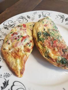 Gevulde omelet uit de omeletmaker – De man kookt
