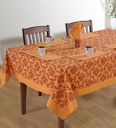 TABLE COVERS - Home Decor Masters