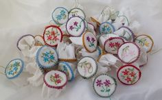 DOLLS HOUSE MINIATURES - 1/12TH SCALE  HANDMADE EMBROIDERY HOOP - IDEAL FOR HABERDASHERY SHOP OR SEWING ROOM  Price is for one only