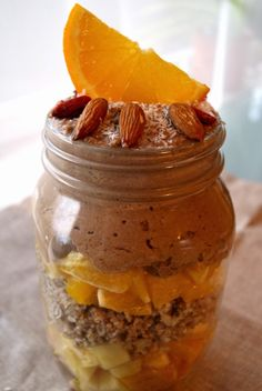 RAW, FIT & HAPPY: BREAKFAST IN A JAR (orange caramel muesli)