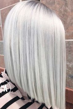 24 Posh Medium Length Hair Styles and Cuts Medium length hair styles are numerous, and picking one seems a tough job. But mastering your hair will give you many advantages. Consider the options! http://glaminati.com/medium-length-hair-styles-cuts/