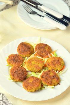 Vegán falafel recept - Kifőztük, online gasztromagazin Vegetarian Recepies, Iranian Food, Molecular Gastronomy, Poached Eggs, Prosciutto, Plated Desserts, Fennel, Food Presentation, Food Plating