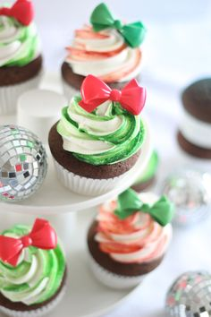 Gingerbread Cupcakes with Candy Stripe Frosting from @sprinklebakes