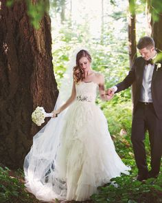 fabulous vancouver wedding The forest welcomes everyone.  #jonetsustudios #luxurywedding #engaged @lelechan design and planning #stanleypark by @jonetsustudios  #vancouverengagement #vancouverwedding #vancouverwedding