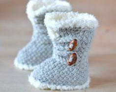 CROCHET PATTERN Baby Booties Fringe Moccasins 3 Sizes Photo