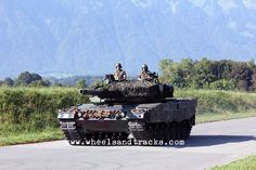 Leopard 2A4 Pz 87 WE mit Kdt Pz S 22 - Swiss Army.