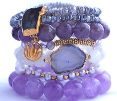 Check information about jewelry here http://dealingsonnet.tumblr.com/post/106938380741/jewelry-items-from-reliable-dealers
