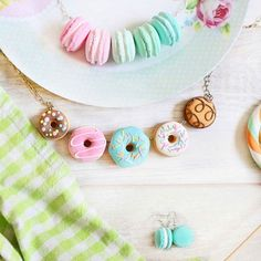 There is always time for macarons & donuts