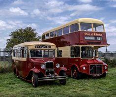 Rt Bus, Vintage Cars, Antique Cars, Bus City, Routemaster, Double Decker Bus, Truck Art, Bus Coach, Old Tractors