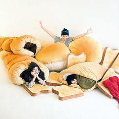 当店自慢のふかふかのパンになっております。 夢見心地に包まれる  ふんわりビッグパンクッションの会(4回限定コレクション)