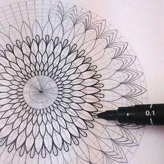 Mandala Doodle, Mandala Art Lesson, Mandala Artwork, Mandala Dots, Mandala Painting, Mandala Pattern, Doodle Art, Dibujos Zentangle Art, Zentangle Drawings