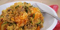 Ein mediterraner Quinoa Salat perfekt für gemütliche Grillabende oder auch als Hauptgericht auf Arbeit, abgerundet durch ein veganes Pesto Rosso.