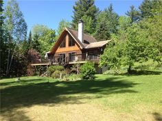 Beautiful log home on Bennett Lake. Come explore beautiful Lanark County. This three season cottage features 3 stories. The lower floor . Log Homes, Perth, Cottage Rentals, Cabin, House Styles, Cottages, Beautiful, Home Decor, Timber Homes