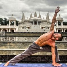 Yoga and men.. More inspiration at Bed and Breakfast Valencia Mindfulness Retreat : http://www.valenciamindfulnessretreat.org or watch the short video: https://www.youtube.com/watch?v=YOvpH_tX8pM