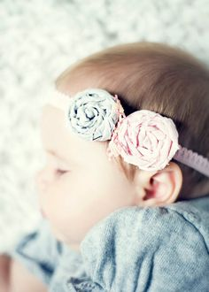 Learn how to make this adorable headband! Find the perfect material for this project at www.fabric.com