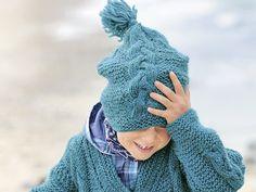 Схема и описание вязания на спицах шапочки с узорами «Косы» из журнала  «Verena. Специальный выпуск» №4/2013.