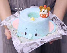 Disney Desserts, Cute Desserts, Fun Cupcakes, Cupcake Cakes, Comida Disney, Cute Bakery, Kawaii Cooking, Kawaii Dessert, Chiffon Cake