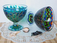 RichanaDragon ||| Stained glass PEDESTAL BOWL decorated in nautical style with sea waves pattern in green and blue colors. Hand painted candle holder for tealight. A beautiful element of home decor and great Housewarming gift idea. ||| ○ SIZE: 10 (diam.) x 10 (hgt.) cm / 3.94 (diam.) x 3.94 (hgt.) inch ○ NET WEIGHT: 280 g / 0.617 lb