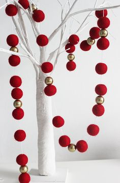 Christmas Garland Red felt ball garlandPom pom by MKKidsInteriors