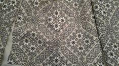Kasuti Embroidery, Folk Embroidery, Learn Embroidery, Embroidery Stitches, Embroidery Patterns, Machine Embroidery, Antique Quilts, Embroidery Techniques, Blackwork