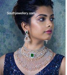 Bridal diamond choker and earrings set by Tibarumal jewels. Diamond Choker Necklace, Diamond Bracelets, Bold Necklace, Indian Jewellery Design, Indian Jewelry, Jewellery Designs, Necklace Designs, Bridal Jewelry, Gold Jewelry