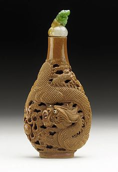 Snuff Bottle (Biyanhu) with Dragon Chasing Pearl in Clouds, China, Late Qing