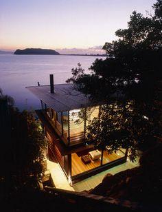 Australian architectural studio Casey Brown  dream house | dream home | lake house | gorgeous windows | modern architecture | modern design