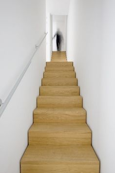 Staircase detailing- groove left on either side to achieve a sense of the staircase being a place object.