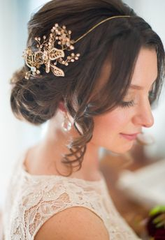 Stunning down 'do, beautiful head piece, one fab bridal look // April Bennett Photography