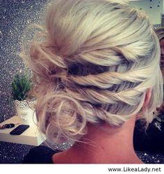 Será que eu consigo esse tanto de cabelo pra testar esse penteado?? 0.o