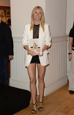 Gwyneth Paltrow Wears Shorts At Book Signing   Styleite #legs
