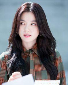 Korean Beauty, Asian Beauty, Asian Woman, Asian Girl, Yoon So Hee, Korean Drama Stars, Han Hyo Joo, W Two Worlds, Song Hye Kyo